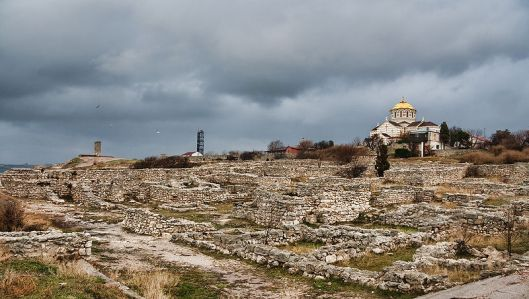 800px-Chersonesos_ruins
